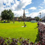 Parade Gardens und die Saint Andrew's Church in Fort William