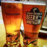 "Zwei Pint Bier im Restaurant ""Encore une fois"" in Inverness"