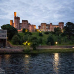 Blick auf das Inverness Castle nach Sonnenuntergang
