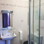Bad im Doppelzimmer im Royal Hotel Thurso