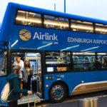 Der blaue Flughafenbus Airlink 100