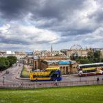 Blick von der Altstadt auf die National Galleries of Scotland