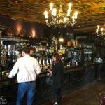 Innenansicht der Deacon Brodies Tavern
