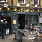 Außenansicht der Dirty Dick's Bar