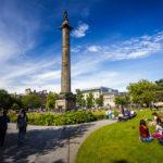 Das Melville Monument auf dem St Andrew Square