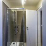 Dusche im Doppelzimmer im Hotel Residence TGM in Znaim
