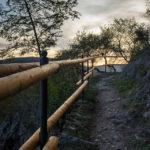 Vor der Znaimer Burgmauer verläuft der Muckweg