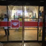 Eingang zum Supermarkt Enapo in Znaim