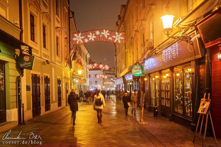 Weihnachtsbeleuchtung in Bratislava
