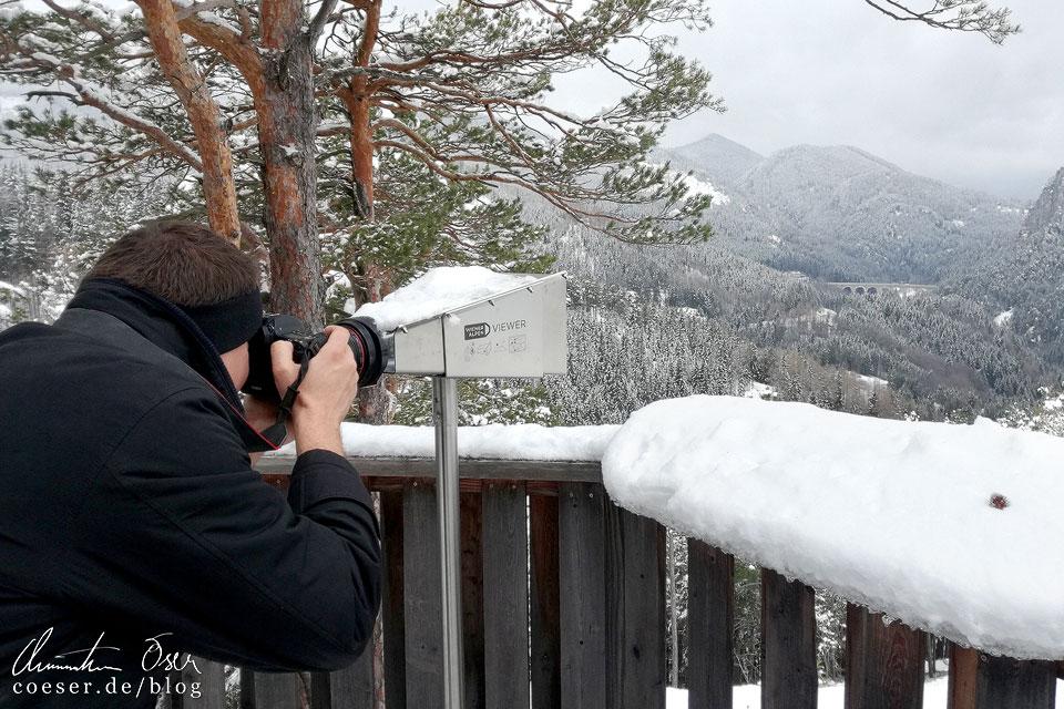20-Schilling-Blick auf dem Semmering Bahnwanderweg im Winter