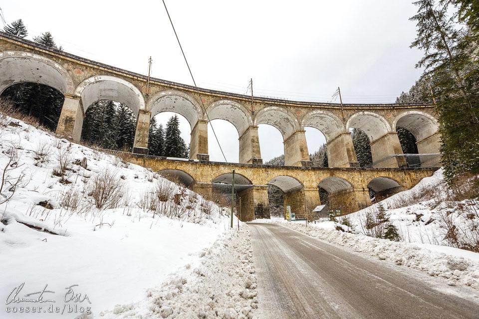Viadukt Kalte Rinne auf der Semmeringbahn in Winter