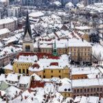 Blick auf die St.-Jakobs-Kirche vom Aussichtsturm der Burg