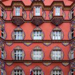 Detailansicht des Jugendstilgebäudes der Genossenschaftlichen Wirtschaftsbank