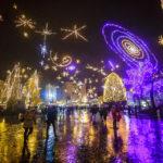 Die prachtvolle Weihnachtsbeleuchtung in Ljubljana ist dem Thema Weltall gewidmet