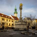 Die Dreifaltigkeitssäule auf dem Hauptplatz von Sopron