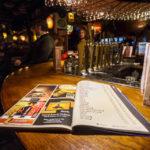 Im Delirium Café und Bar gibt es über 2.000 Biere zur Auswahl