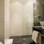 Badezimmer im Hotel Motel One Brüssel