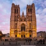 Die Kathedrale St. Michael und St. Gudula während eines Sonnenuntergangs