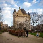 Das mittelalterliche Stadttor Porte de Hal / Halleport