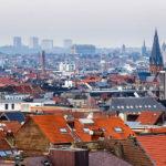 Blick vom mittelalterlichen Stadttor Porte de Hal / Halleport auf Brüssel
