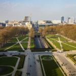 Blick auf Brüssel vom Dach des Triumphbogens (Arcades du Cinquantenaire)