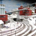 Eine Mine im verschneiten Skandinavien in der Modelleisenbahn Miniatur Wunderland
