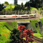 Ein ICE in der Modelleisenbahn Miniatur Wunderland