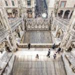 Blick hinab vom Dach des Mailänder Doms