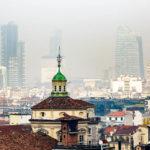 Blick vom Dach des Mailänder Doms auf die Stadt