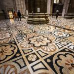 Der wunderschöne Boden im Mailänder Dom