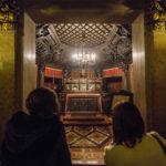 Sarkophag von San Carlo Borromeo in der Krypta im Mailänder Dom