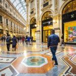 In der Mitte der Galleria Vittorio Emanuele II befinden sich auf dem Boden Mosaiken mit den Wappen der Städte Rom, Florenz, Turin und Mailand