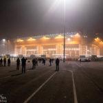 Außenansicht des Giuseppe-Meazza-Stadions (San Siro) bei Nacht