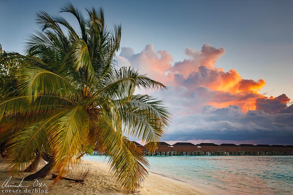 Sonnenaufgang auf der Insel Meeru (Malediven)