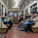 Innenansicht der U-Bahn von Moskau