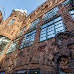 Gebäude aus Backstein und im Stil des Art Déco in der Böttcherstraße