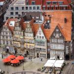 Blick vom Turm des Dom St. Petri auf den Marktplatz