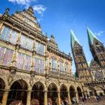 Das Rathaus und der Bremer Dom St. Petri
