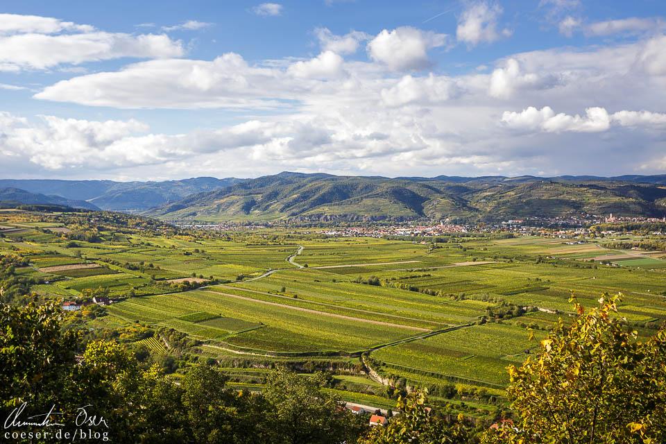 Blick von der Aussichtsterrasse des Stift Göttweig in das Landschaftstal der Wachau