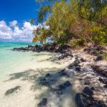 Der traumhafte Strand auf der Insel Île aux cerfs auf Mauritius