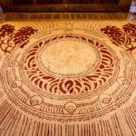 Oktogonaler Teppich der Firma Backhausen im Hofpavillon Hietzing