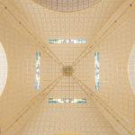 Das Deckengewölbe der Kirche am Steinhof