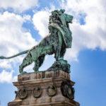 Löwenfigur des Bildhauers Rudolf Weyr auf der Nussdorfer Wehr- und Schleusenanlage