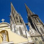 Außenansicht des Regensburger Doms St. Peter