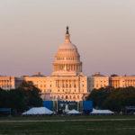Das Kapitol in Washington im letzten Sonnenlicht