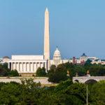 Die Innenstadt von Washington mit dem Lincoln Memorial, dem Washington Monument und dem Kapitol
