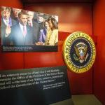 Ein Bild des US-Präsidenten Barack Obama im Visitor Center des Weißen Hauses
