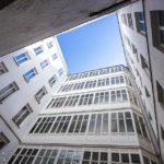 Innenhof des Mietshauses Neustiftgasse 40 / Döblergasse 2 von Otto Wagner