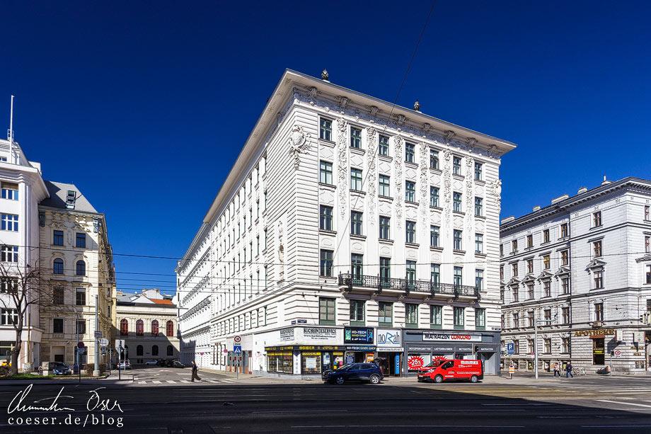 Hosenträgerhaus Universitätsstraße 12 von Otto Wagner