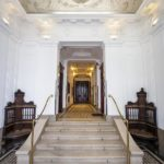 Eingangsfoyer des Wohn- und Geschäftshauses Universitätsstraße 12 (Hosenträgerhaus) von Otto Wagner